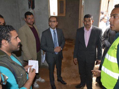 بالصور....نائب محافظ سوهاج يتابع مشروعات حياة كريمة بمركز البلينا