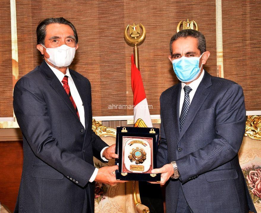 محافظ الغربية يستقبل سفير إندونيسيا بديوان عام المحافظة